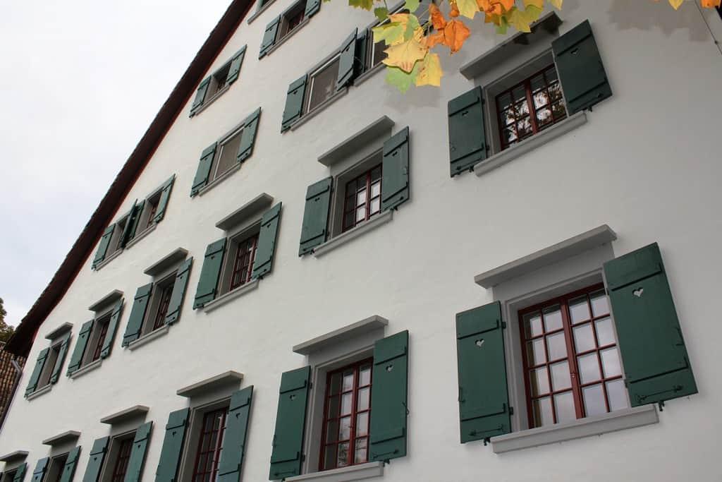 amtshaus theodor brunnerweg 7 k snacht historfen historische fenster renovieren. Black Bedroom Furniture Sets. Home Design Ideas